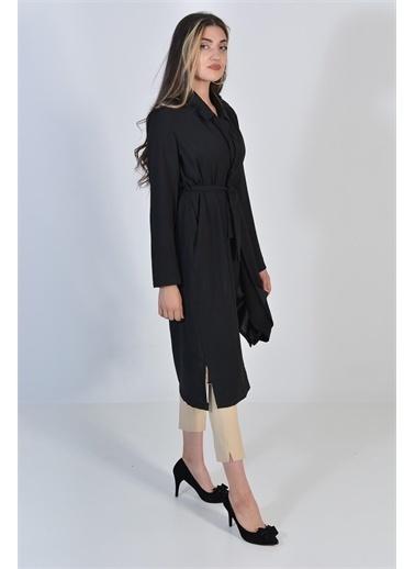 Zeren Kadın Siyah Belden Bağlamalı Kap Siyah